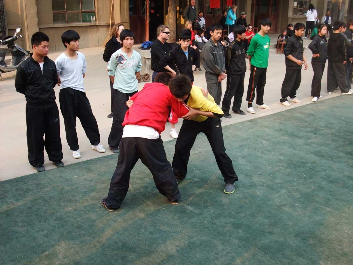 Tuishou na Escola de Tai Chi Chuan de Chenjiagou