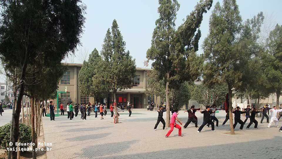 Pátio da escola de Tai Chi Chuan, em Chenjiagou